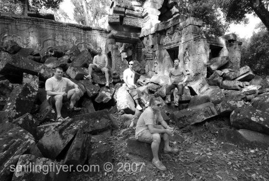 angkor_wat_cambodia_smilingflyer_07707a